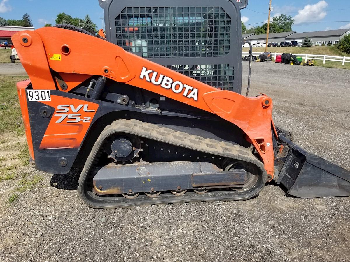 KUBOTA  SVL75-R43 TRACK SKID STEER